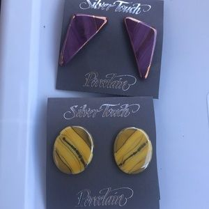 2 pair of sliver touch earrings
